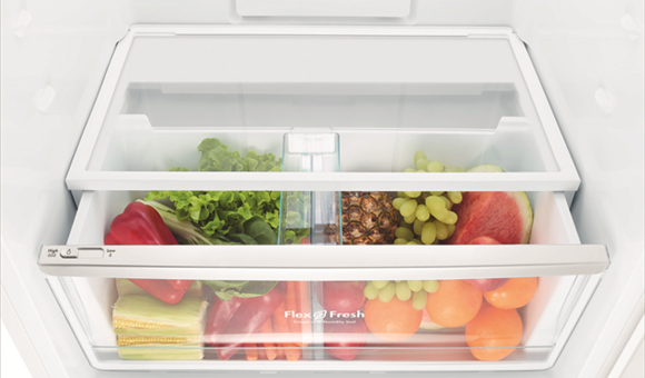 Get organised with the FlexFresh™ Crisper