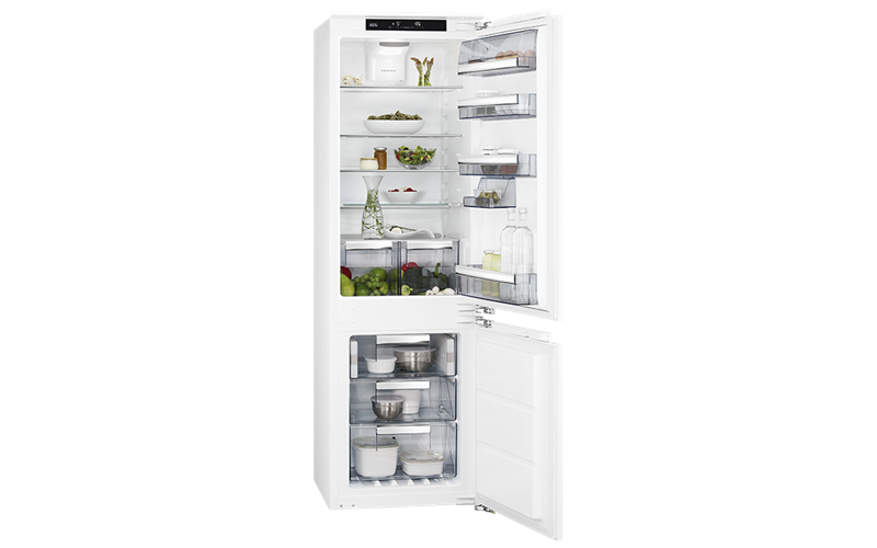 AEG 265L integrated bottom mount fridge SCE81826TC