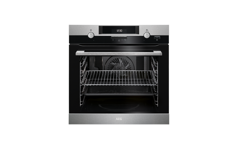 AEG 60cm SteamBake Pyroluxe™ Oven BPK552220M