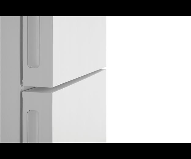 WBE4502WB_FLAT-DOOR.png