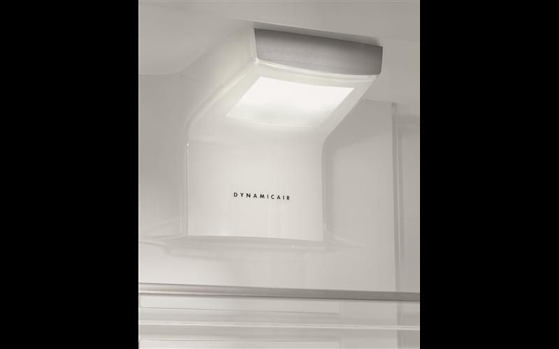 AEG 314L integrated refrigerator SKD81800C0