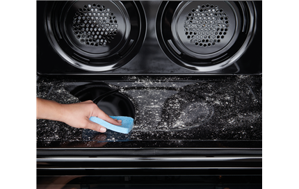 Ovens that clean up after themselves